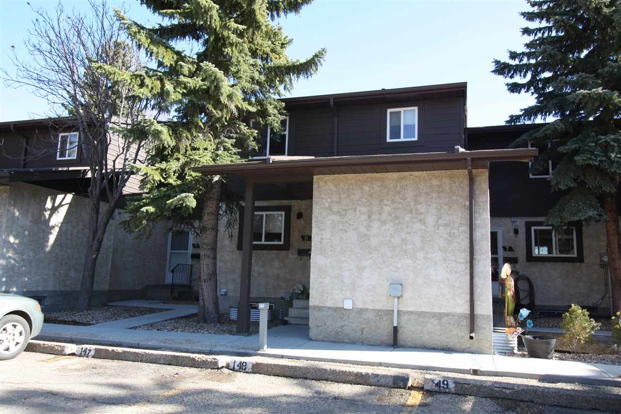 8 7604 29 Avenue NW, 3 bed, 1.1 bath, at $209,000