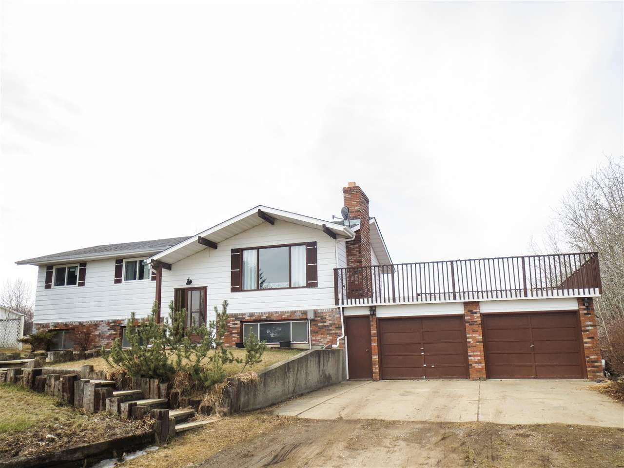 158 23020 Twp Rd 522, 5 bed, 2.1 bath, at $589,900