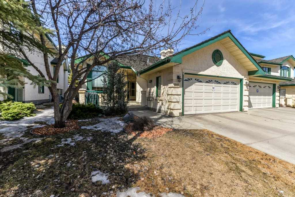 1046 CARTER CREST Road NW, 3 bed, 3 bath, at $410,000