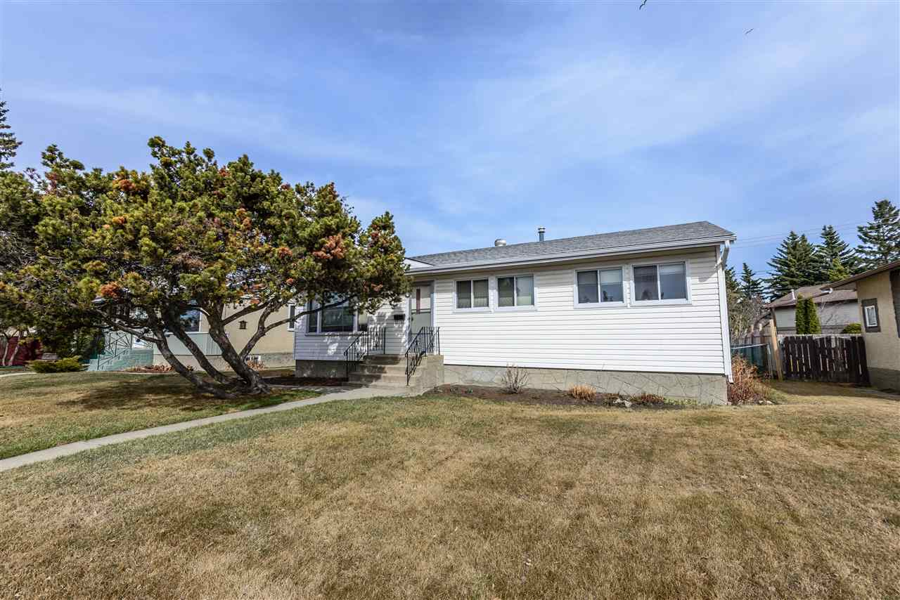 8715 149 Street NW, 3 bed, 1 bath, at $349,900