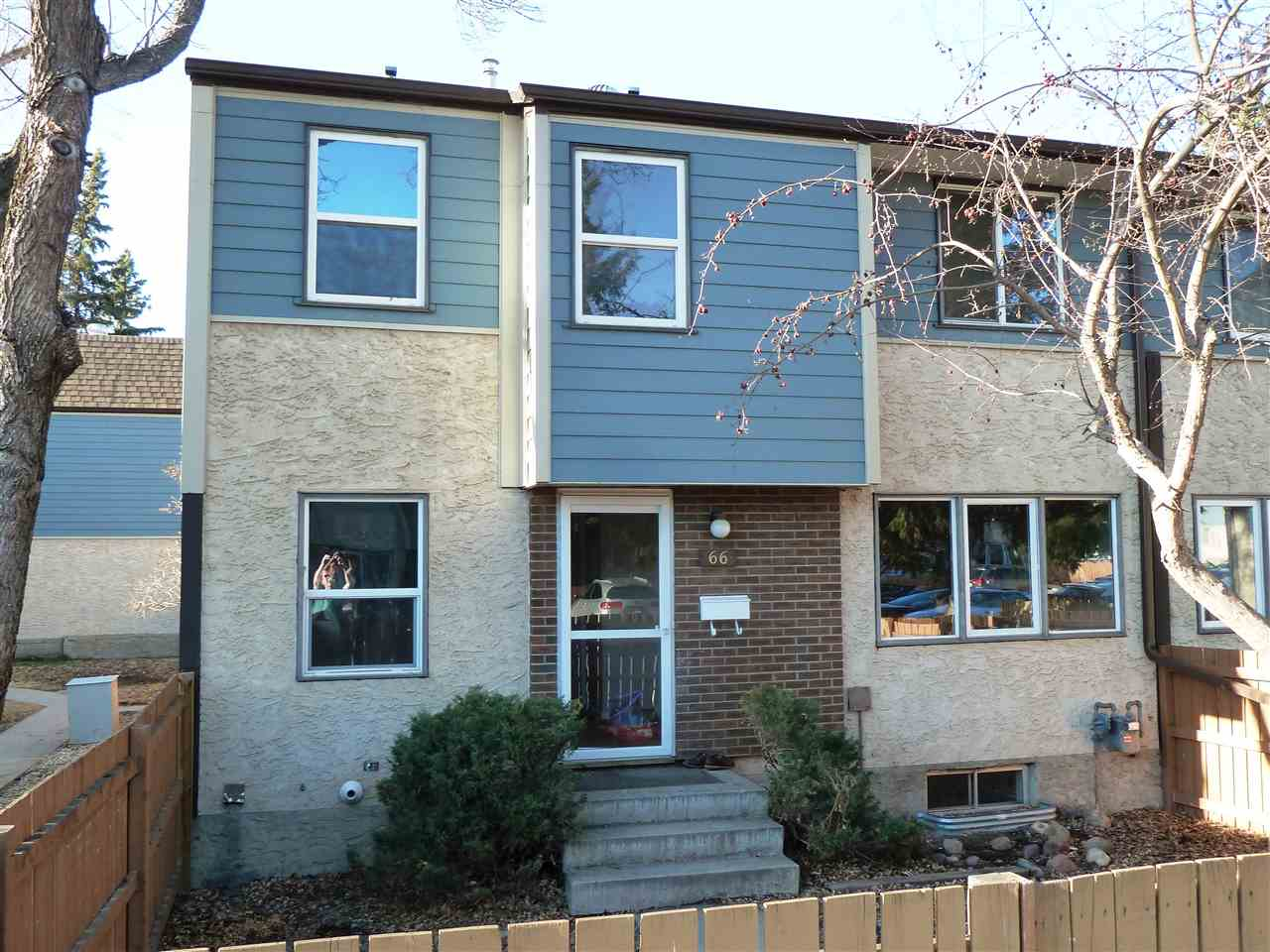 66 WILLOWDALE Place NW, 3 bed, 1.1 bath, at $194,000