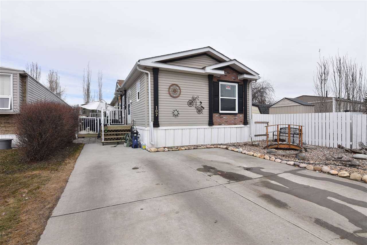 107 12604 153 Ave, 3 bed, 2 bath, at $199,900