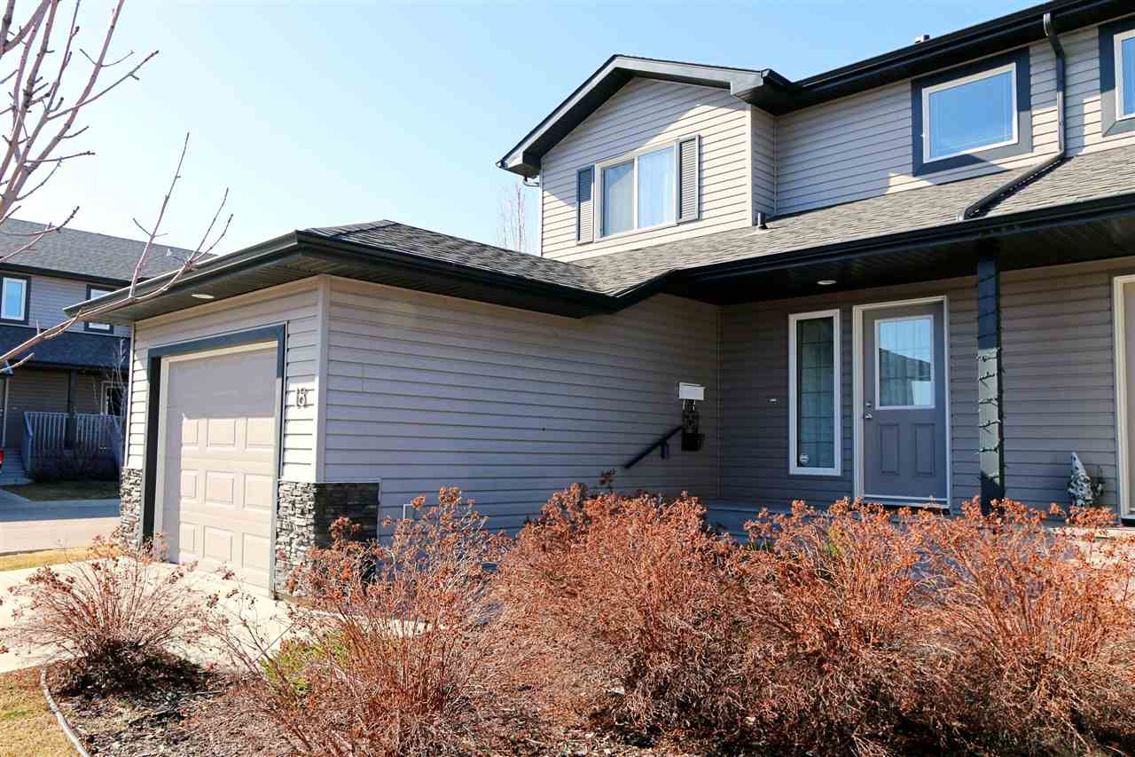 18 13838 166 Avenue NW, 3 bed, 1.1 bath, at $274,900
