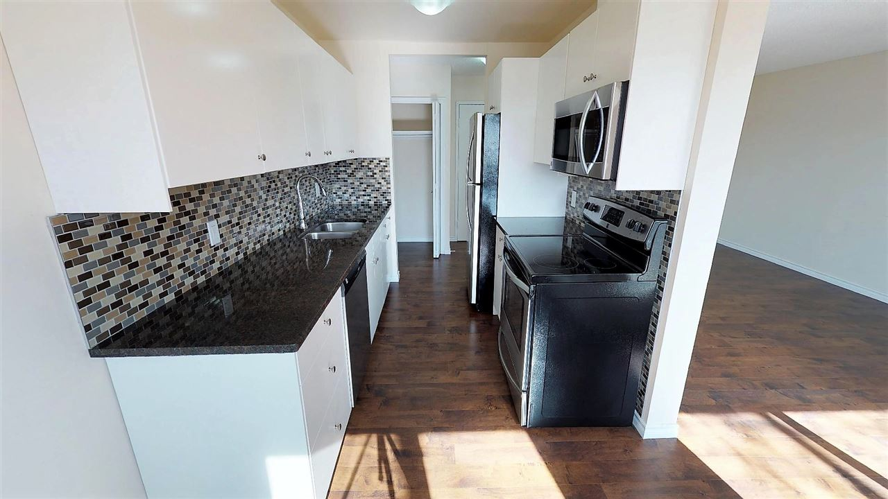 44 11245 31 Avenue NW, 3 bed, 1.1 bath, at $144,900