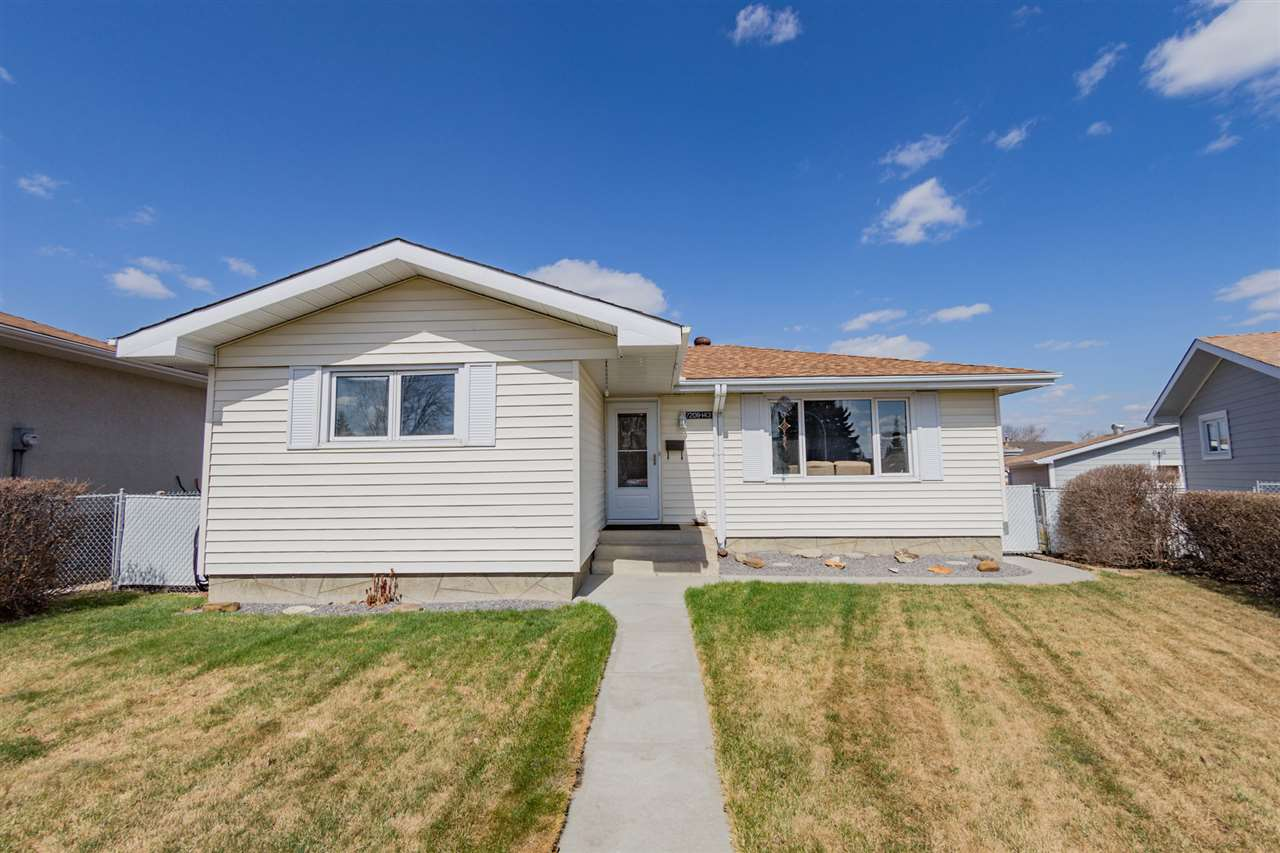 7208 143 Avenue NW, 3 bed, 2 bath, at $349,900