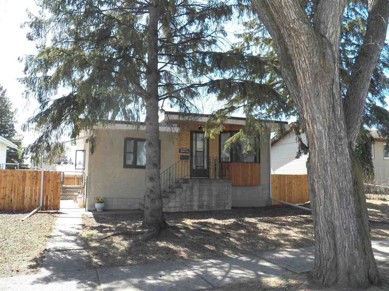 3619 111 Avenue NW, 3 bed, 2 bath, at $264,900