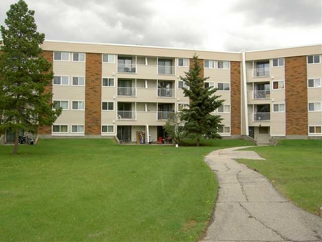 38 11245 31 Avenue NW, 2 bed, 1 bath, at $100,000