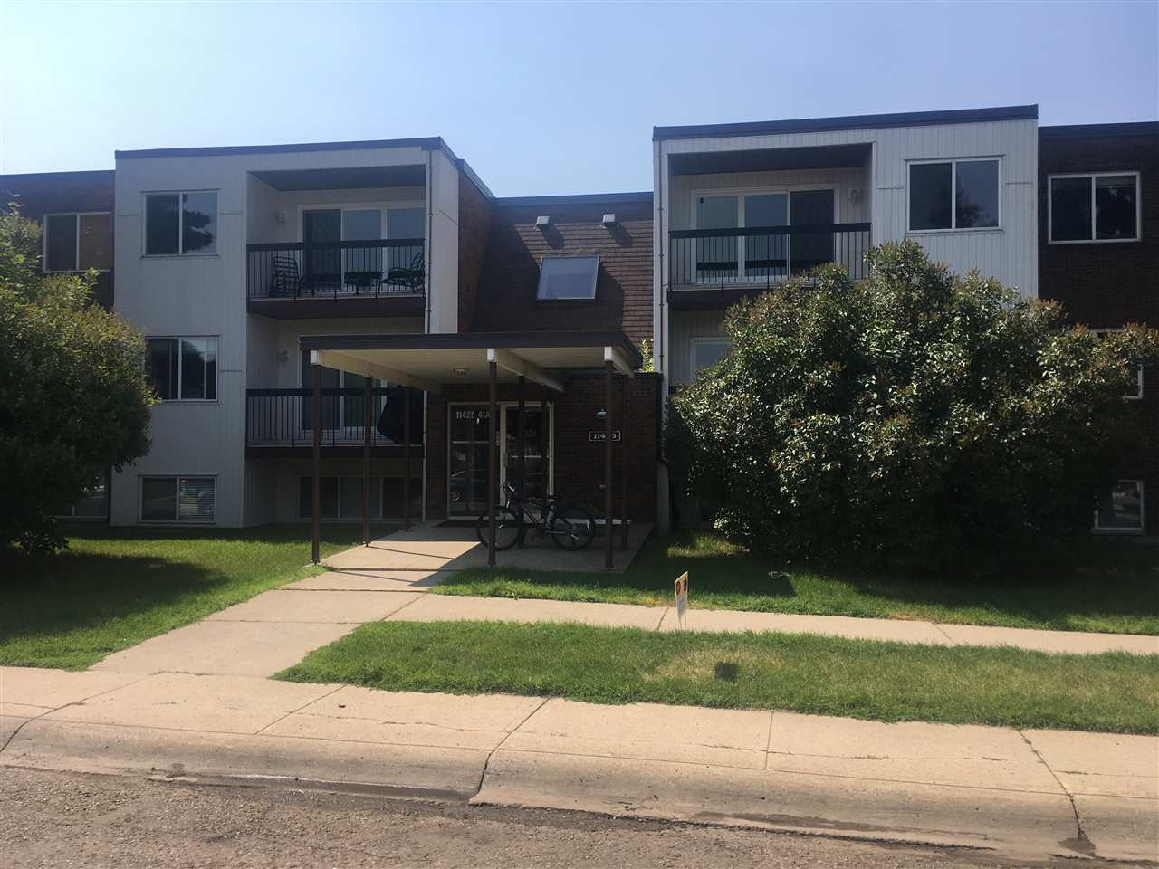 203 11425 41 Avenue NW, 2 bed, 1 bath, at $169,900