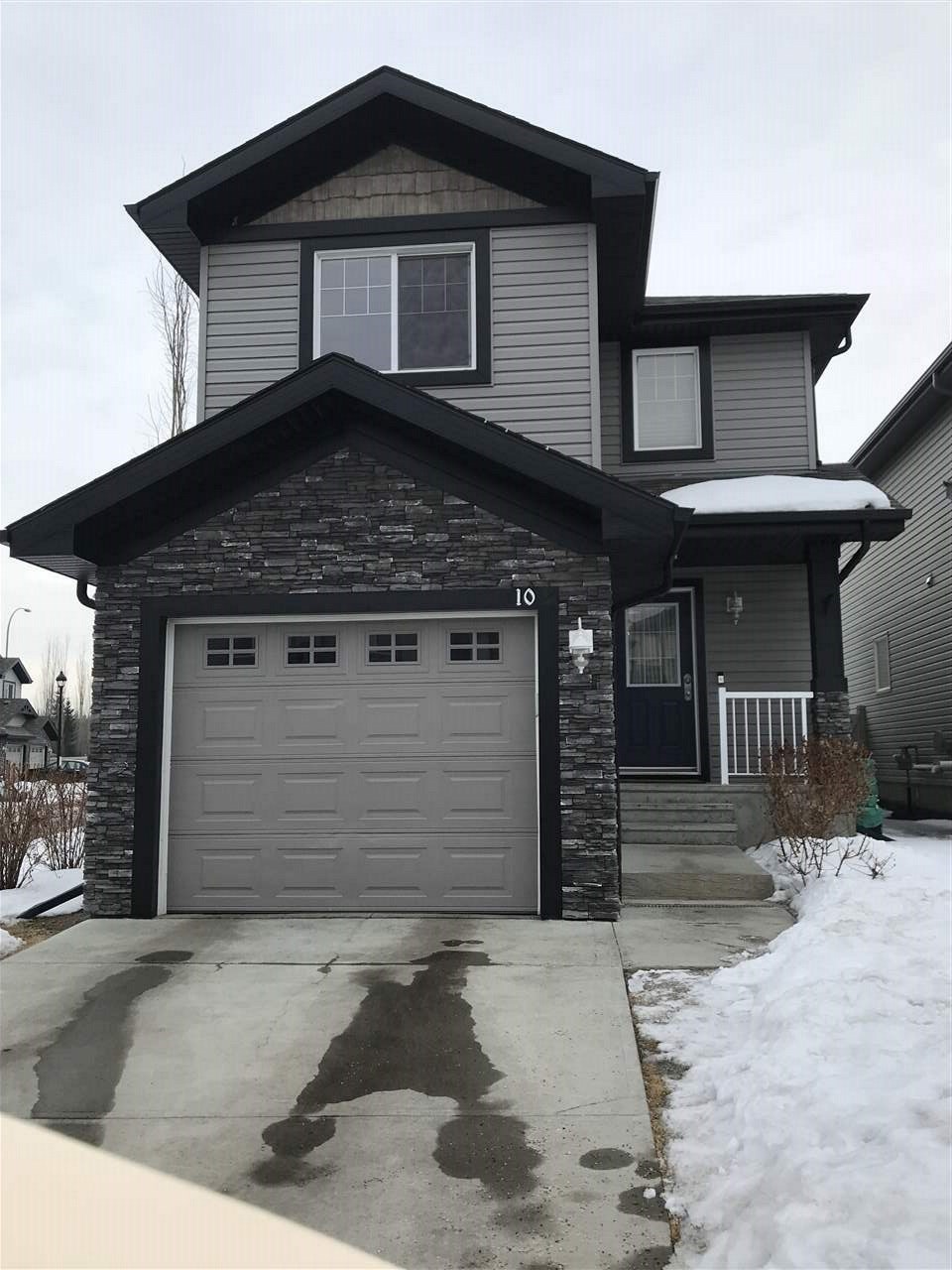 10 1730 LEGER Gate NW, 3 bed, 2.1 bath, at $345,000