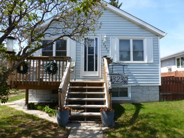 13230 104 Street, 4 bed, 2 bath, at $289,900