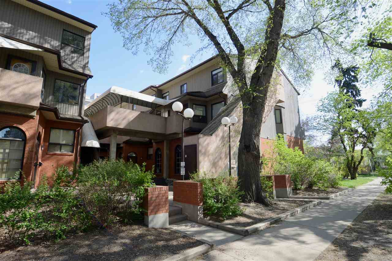 11122 83 Avenue NW, 2 bed, 1.1 bath, at $355,000