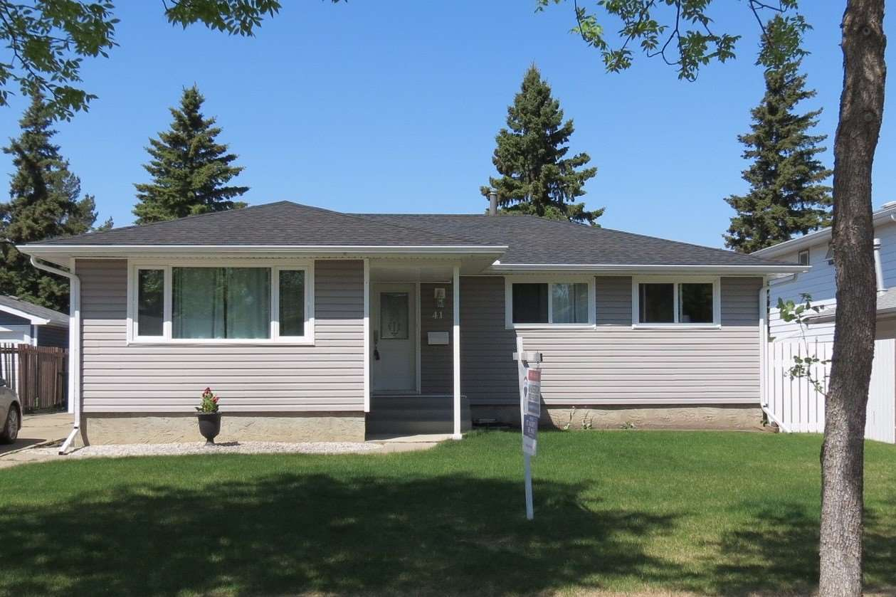 41 ABBEY Crescent, 4 bed, 2.1 bath, at $359,900