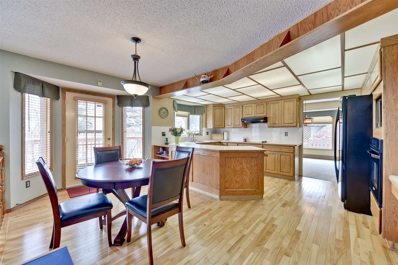 40 Blue Quill Crescent, 7 bed, 4 bath, at $659,900