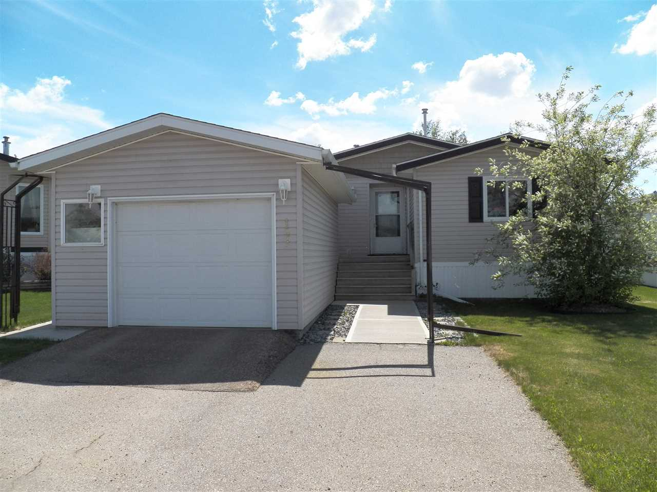 17 Crystal Crescent NW, 2 bed, 2 bath, at $154,900