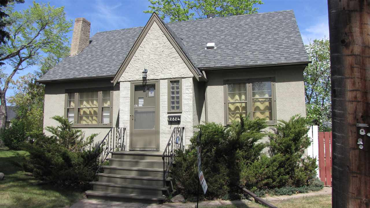 12824 117 Avenue NW, 2 bed, 2 bath, at $389,900