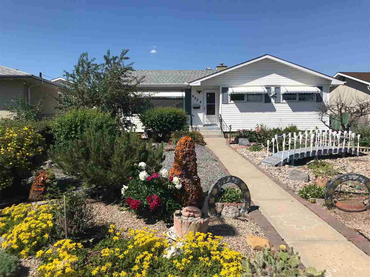 6208 136 Avenue NW, 4 bed, 2 bath, at $339,900
