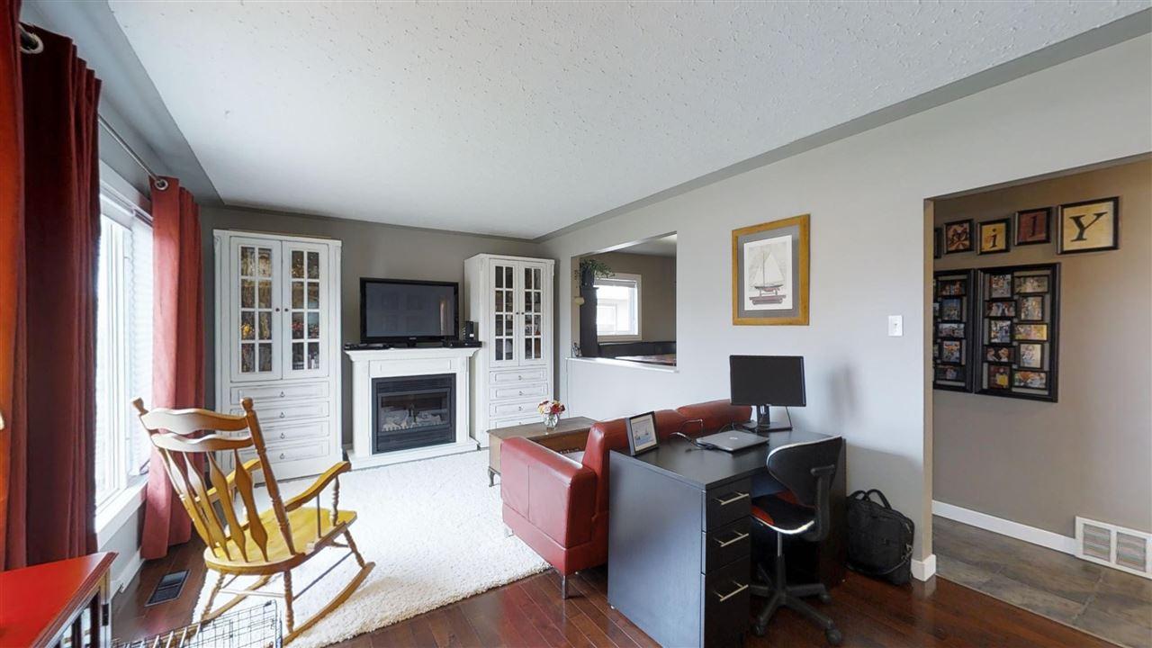 11807 132 Avenue, 4 bed, 2 bath, at $284,950