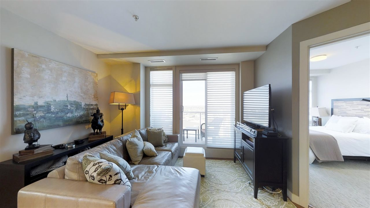 1507 10388 105 Street, 2 bed, 2 bath, at $450,000