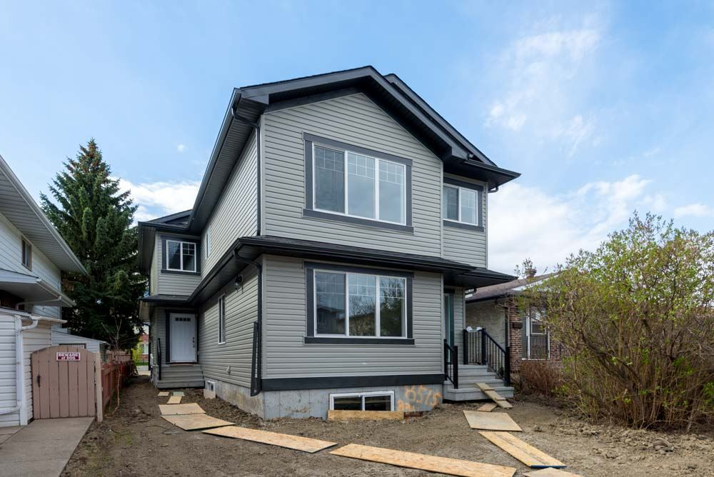 Property, 3 bed, 2.1 bath, at $449,000