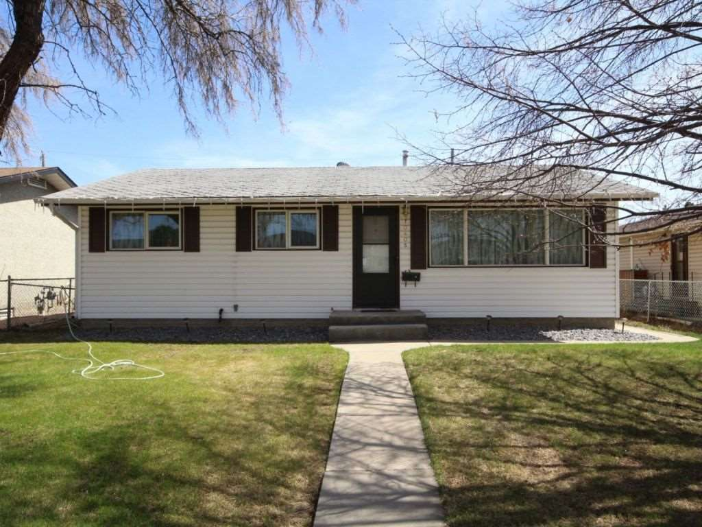 10405 166 Street, 3 bed, 1 bath, at $347,900