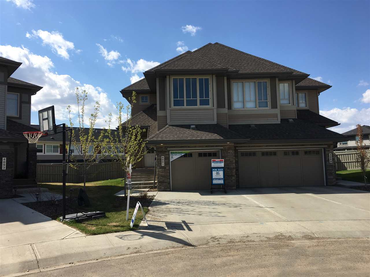 4091 Allan Crescent SW, 3 bed, 2.1 bath, at $359,880