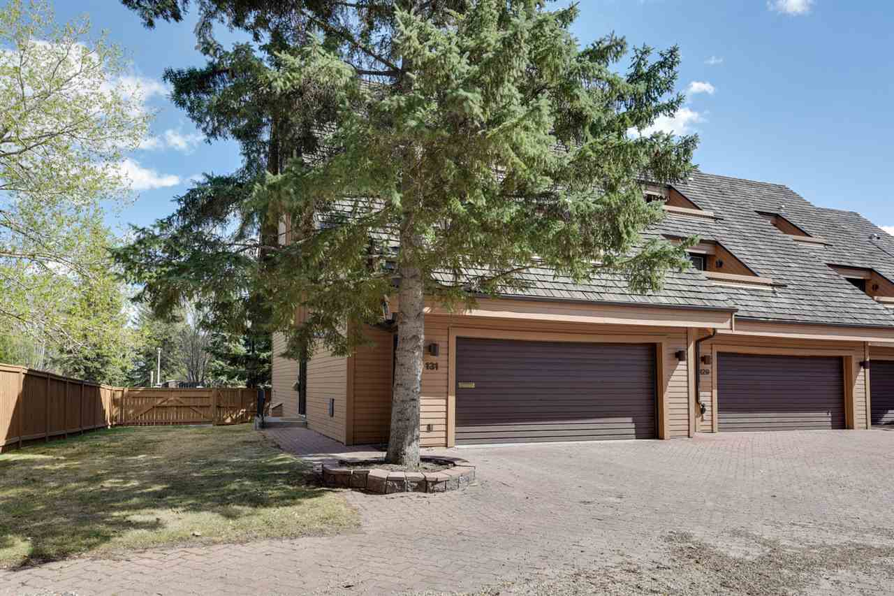 131 WOLF WILLOW Crescent, 3 bed, 2.2 bath, at $458,800