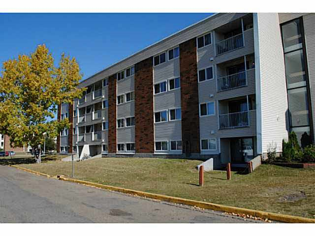 38 11265 31 Avenue NW, 2 bed, 1 bath, at $109,900