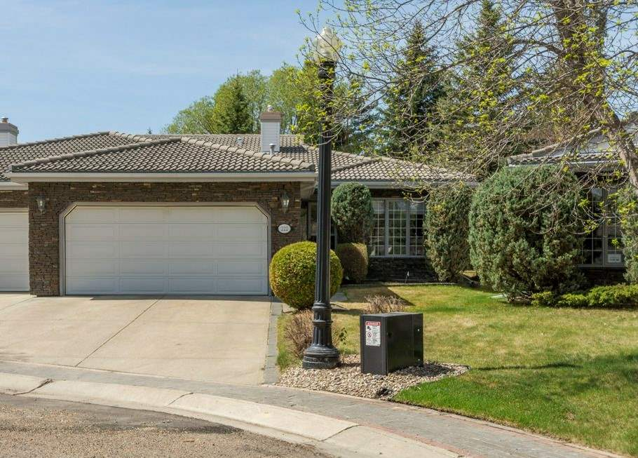 222 country club Point(e), 3 bed, 3 bath, at $670,000