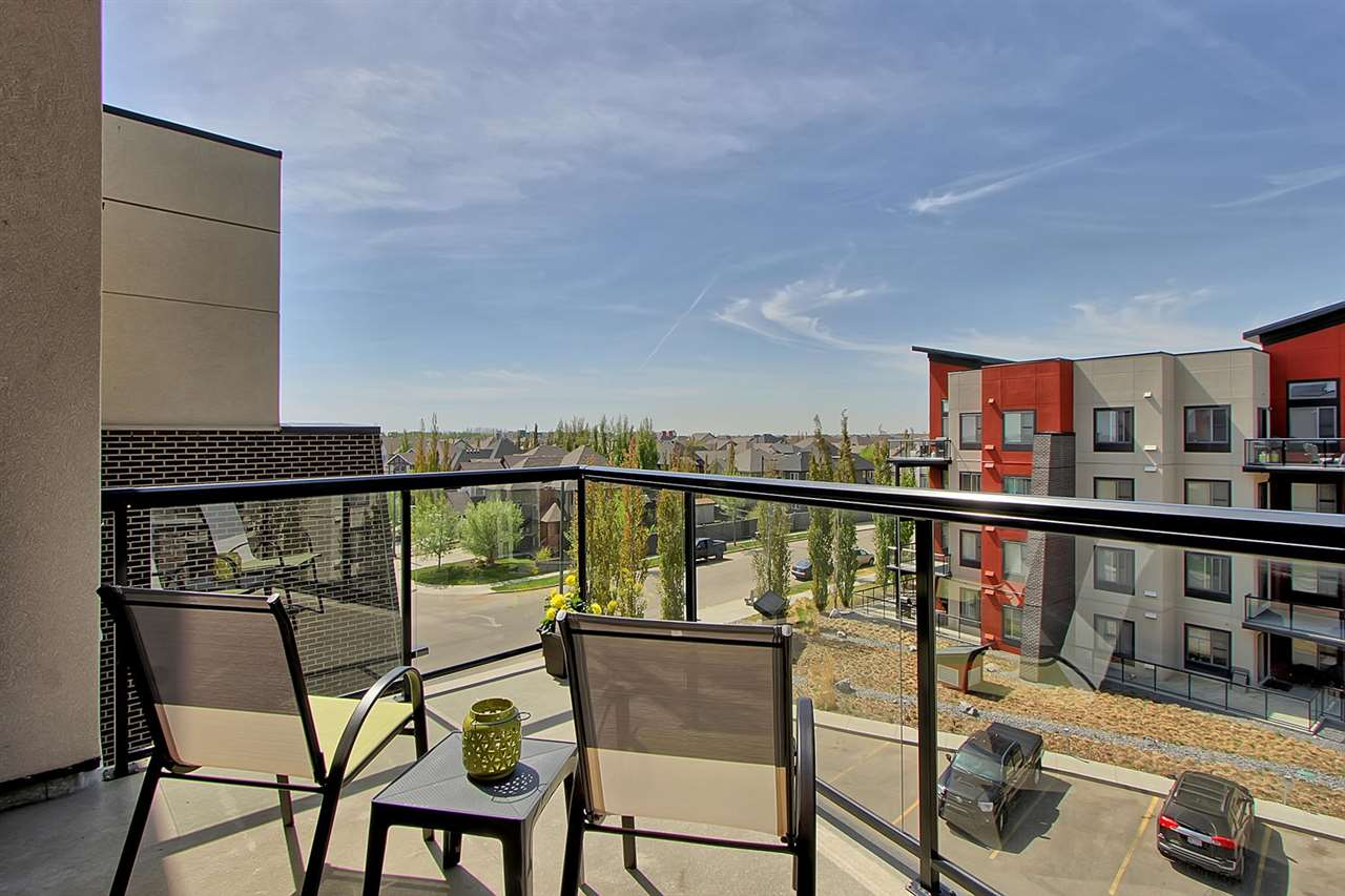 403 304 AMBLESIDE Link, 2 bed, 2 bath, at $234,900