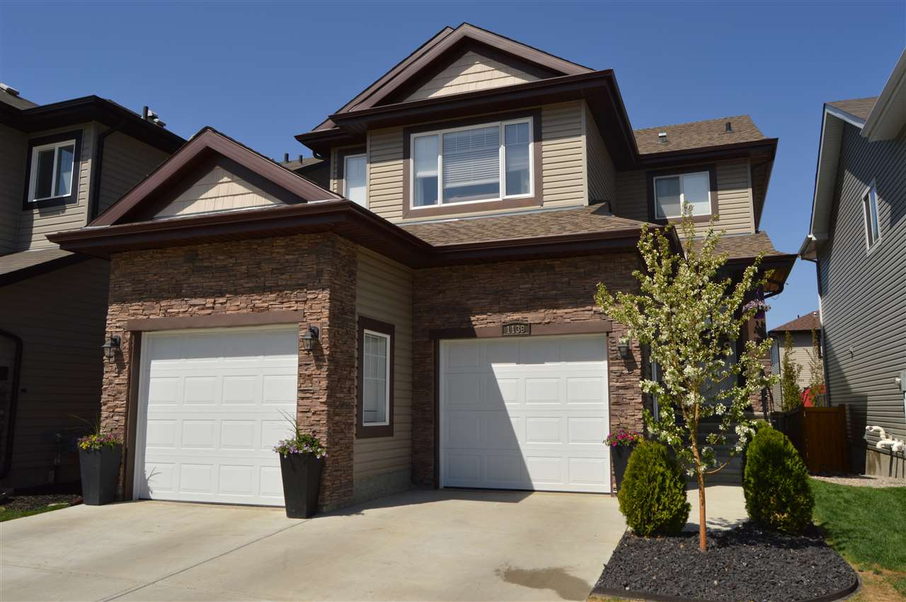 1139 Foxwood Crescent, 4 bed, 3.1 bath, at $525,000