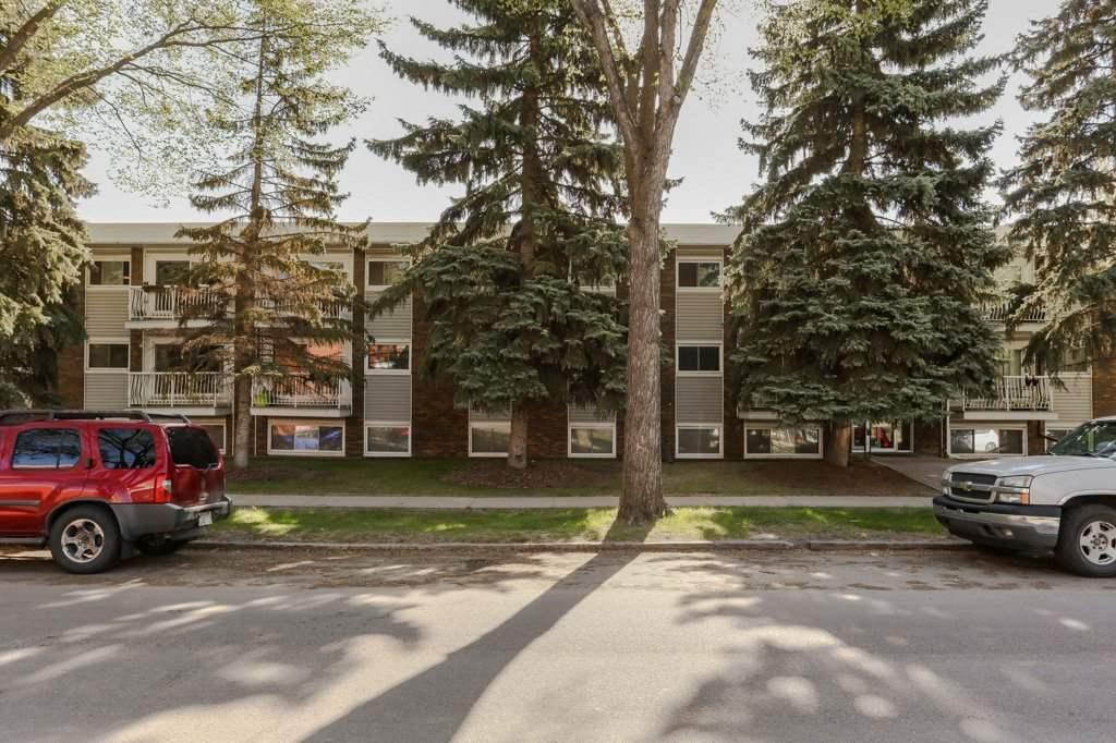 305 10225 117 Street, 2 bed, 1 bath, at $195,000