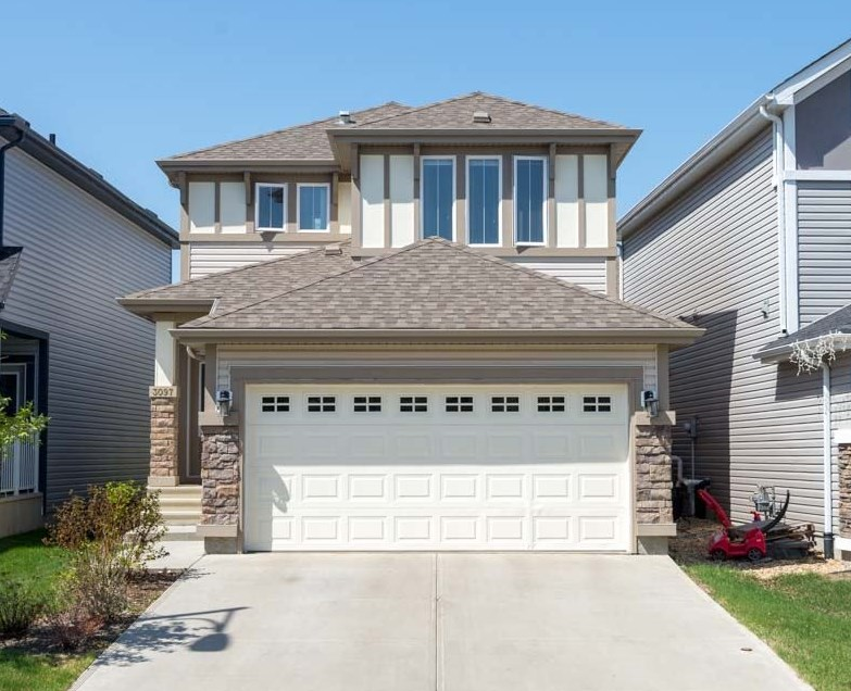 3097 ARTHURS Crescent, 3 bed, 2.1 bath, at $419,000