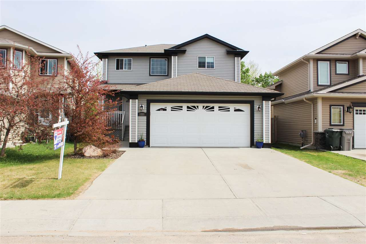 1221 Westerra Crescent, 4 bed, 3.1 bath, at $429,900