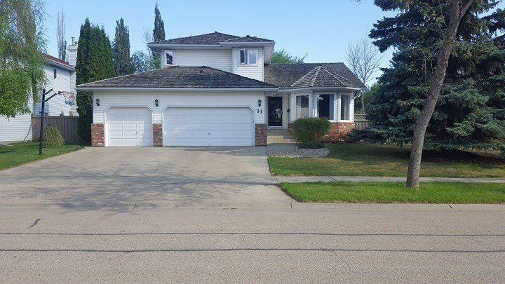 31 Ellesmere Drive NW, 3 bed, 2.1 bath, at $488,888