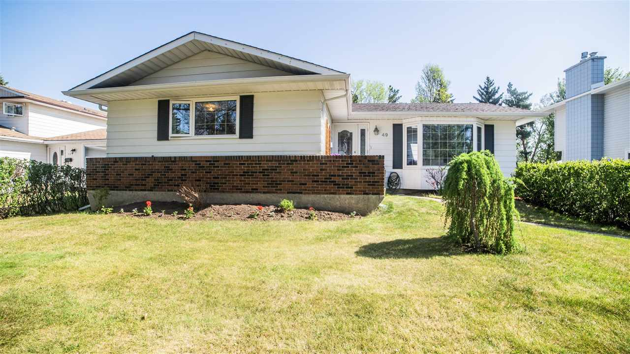 49 Bellevue Crescent, 6 bed, 2.1 bath, at $449,103