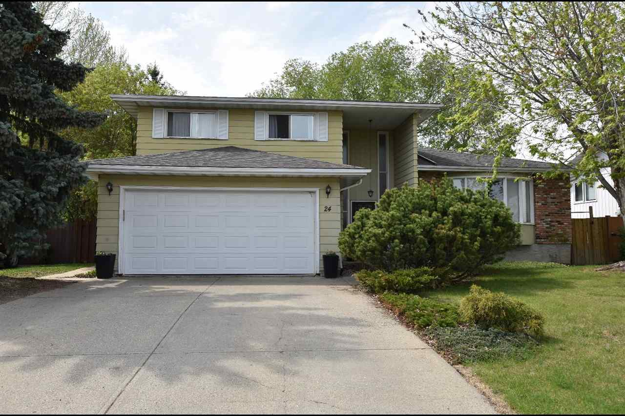 24 WESTRIDGE Crescent NW, 5 bed, 3.1 bath, at $549,900