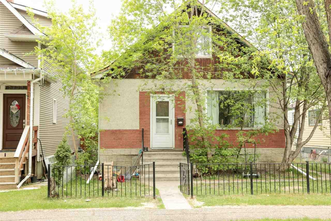 11424 93 Street, 3 bed, 2 bath, at $224,900
