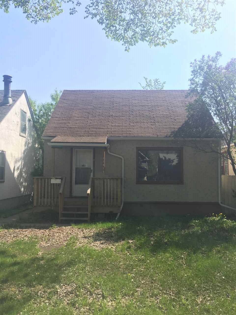 11411 90 Street NW, 3 bed, 1 bath, at $165,000