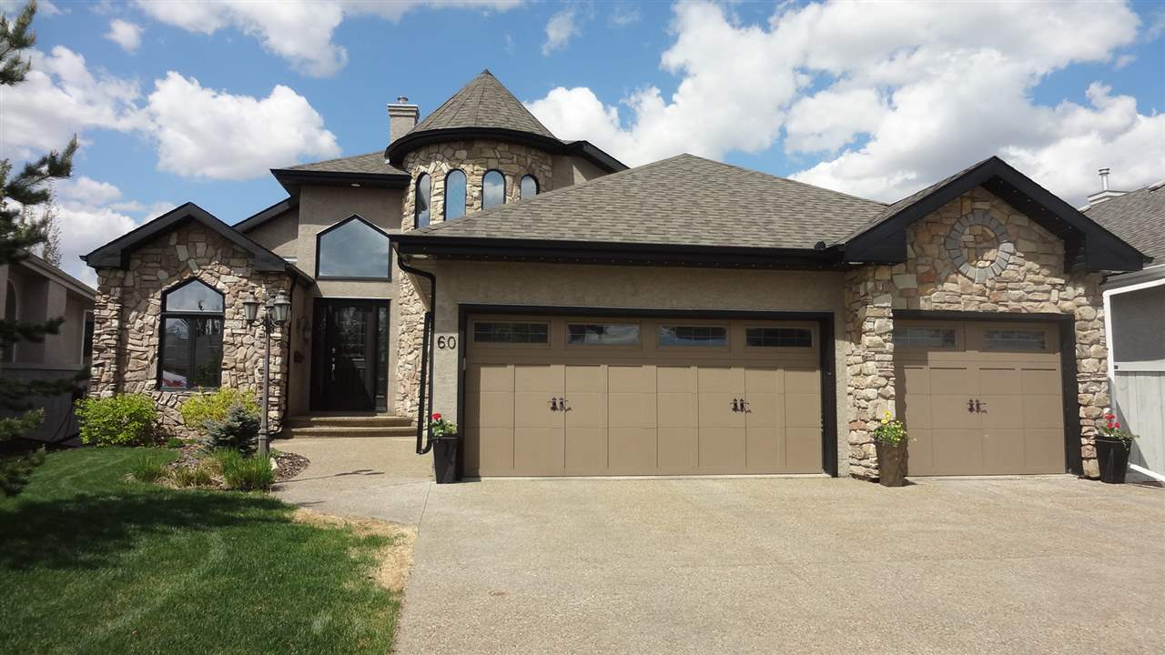 60 Kingsmoor Close, 5 bed, 3.1 bath, at $950,000