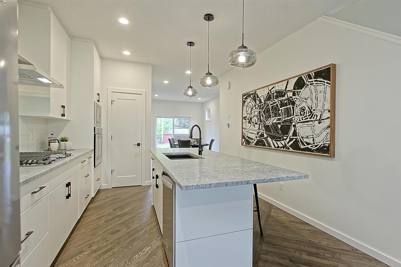 Property, 3 bed, 2.1 bath, at $599,900