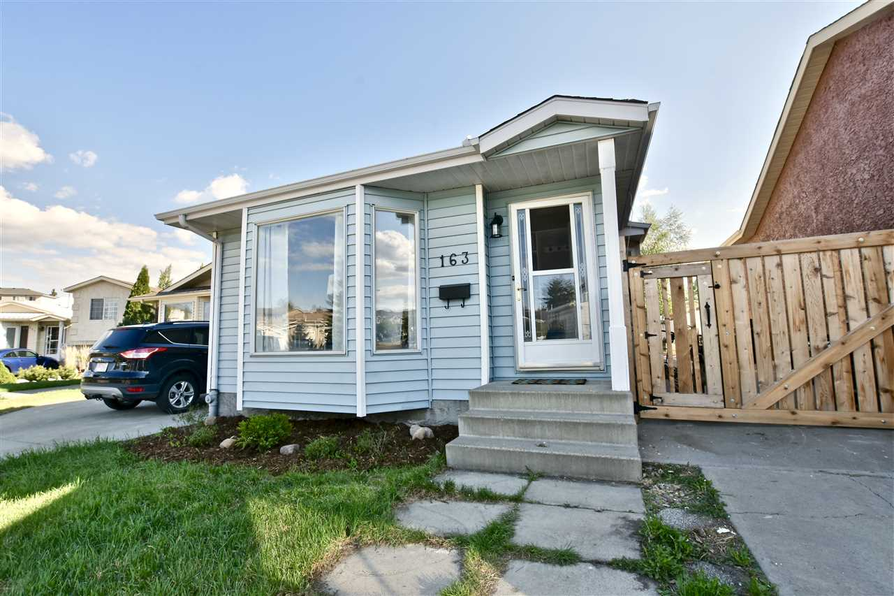 163 HYNDMAN Crescent, 3 bed, 2 bath, at $299,900