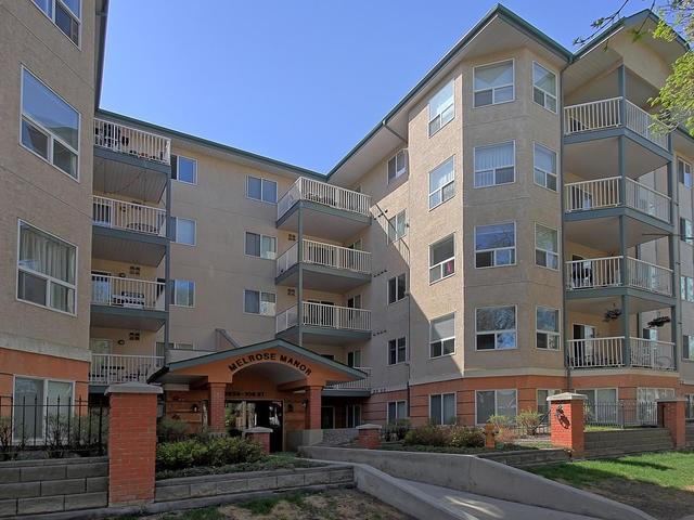 312 9938 104 Street, 2 bed, 2 bath, at $319,000