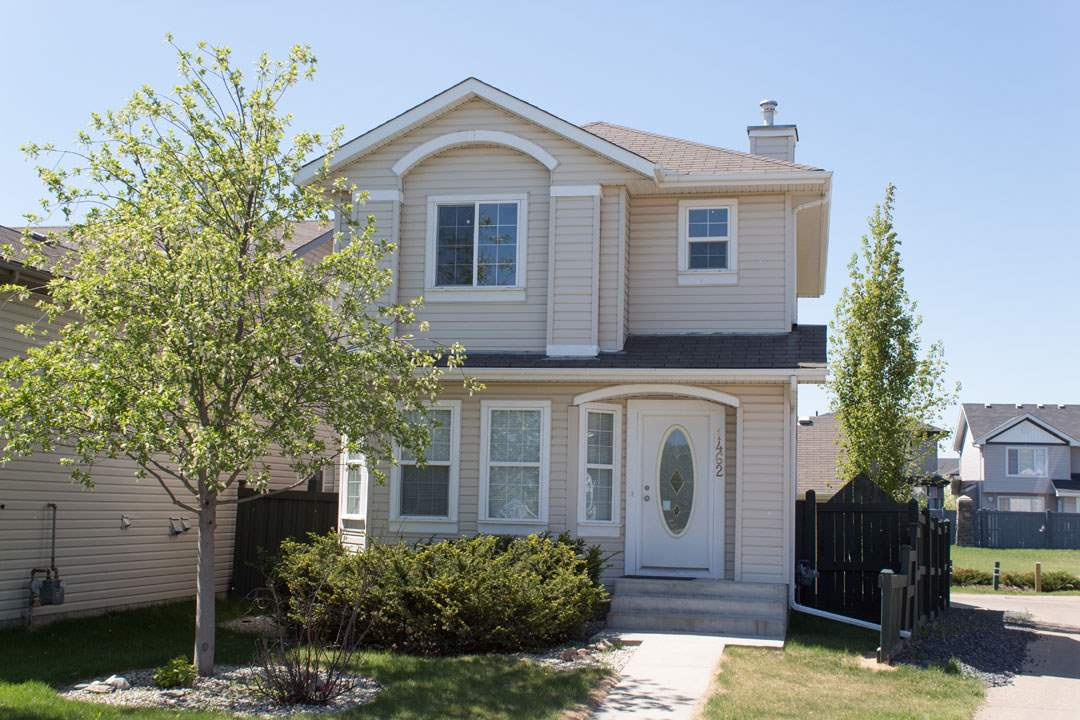 1462 Grant Way, 2 bed, 1.1 bath, at $359,900