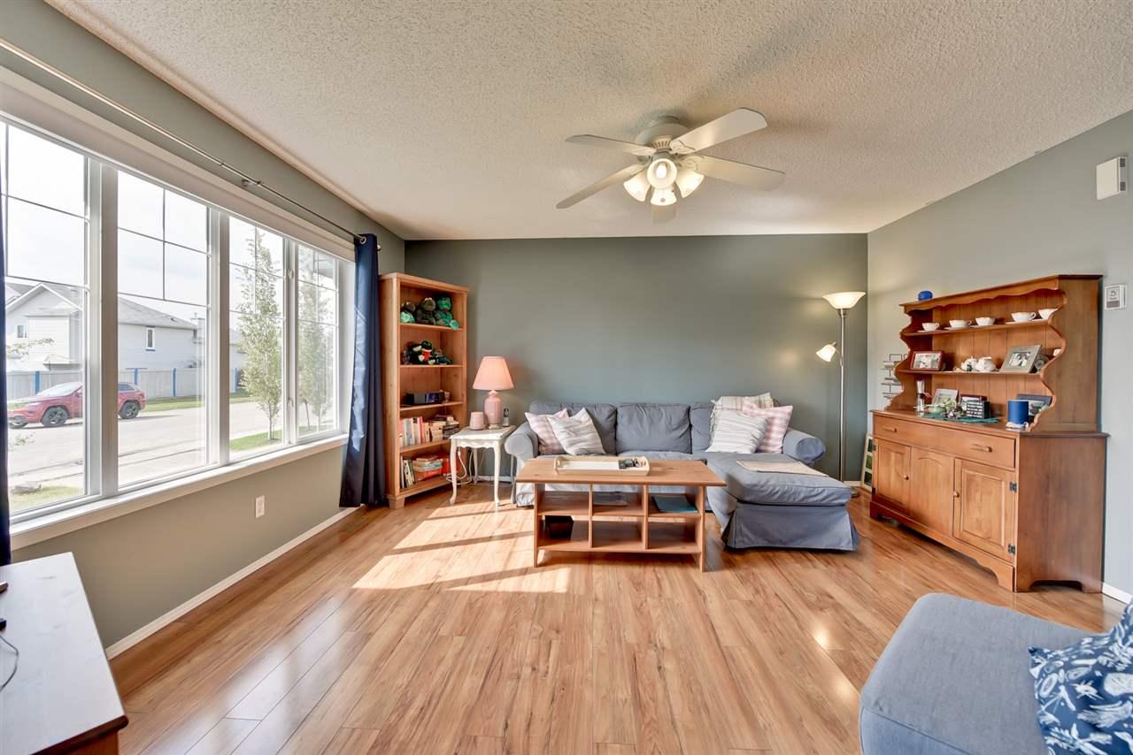 58 Heatherglen Close, 4 bed, 1.1 bath, at $330,000