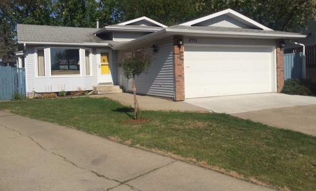 2931 104 Street, 3 bed, 2 bath, at $364,999