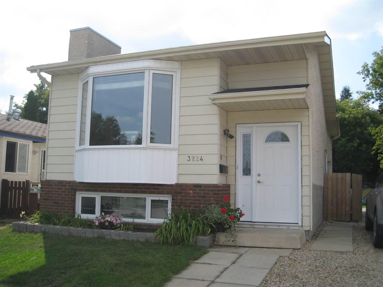 3224 45A Street, 2 bed, 1 bath, at $265,000