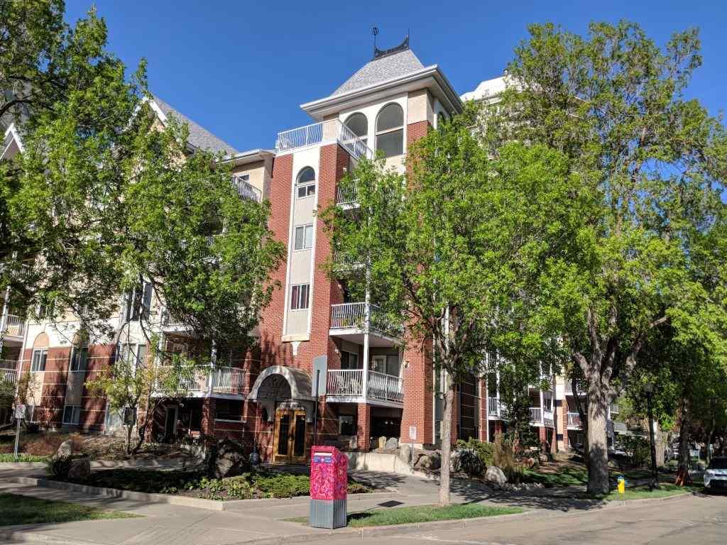 515 11716 100 Avenue, 2 bed, 2 bath, at $409,500