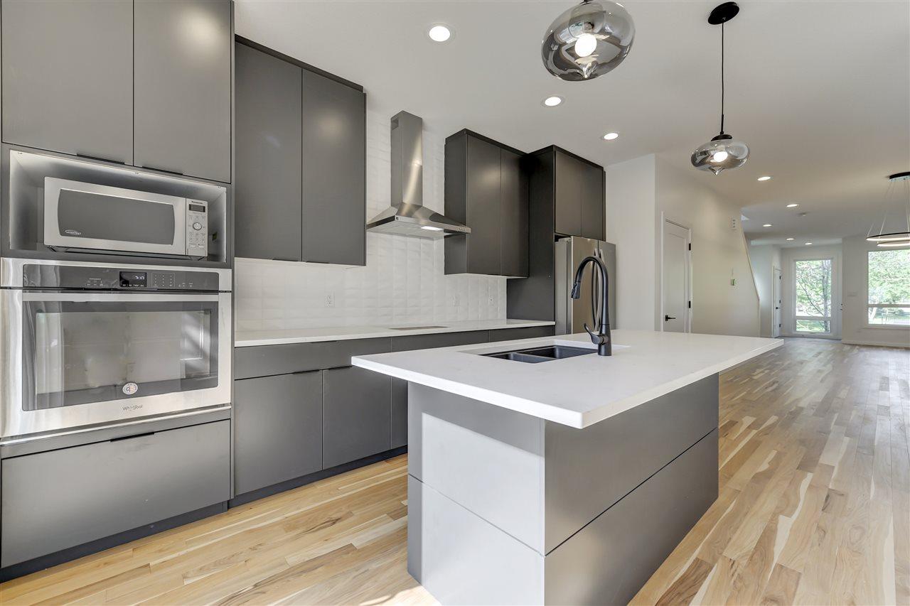 Property, 3 bed, 2.1 bath, at $619,900