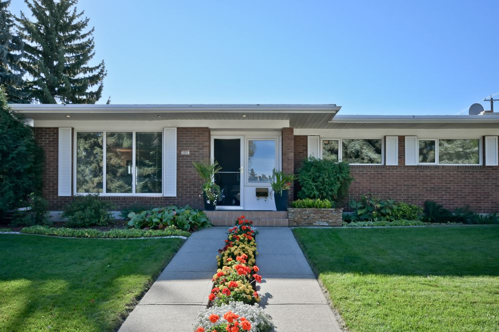 14003 89 Avenue, 4 bed, 3 bath, at $829,900